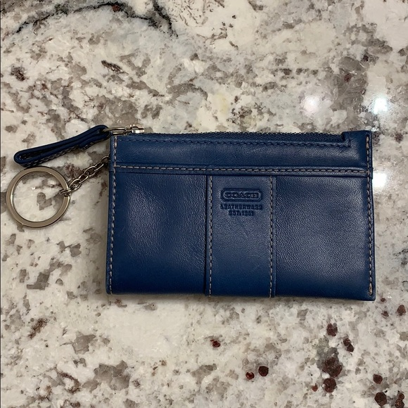 Coach Handbags - Coach ID Wallet with key ring EUC